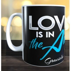 Taza Love is in the air